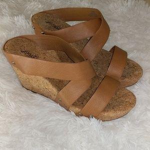 Lucky Brand Brown Cork Wedges Sandals sz 10
